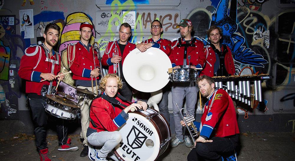 Meute : la fanfare-orchestre de retour en France !